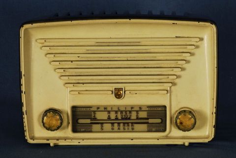 Radio antigua Philco